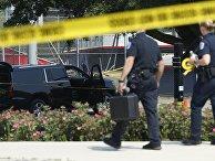 Полиция на месте стрельбы в предместье Вашингтона Александрии
