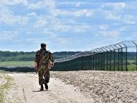 Украинский пограничник на участке российско-украинской границы
