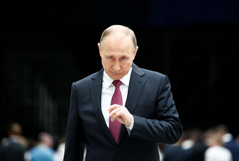 Президент России Владимир Путин на встрече с журналистами по итогам прямой линии