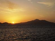 Восход солнца на острове Тиран в Красном море