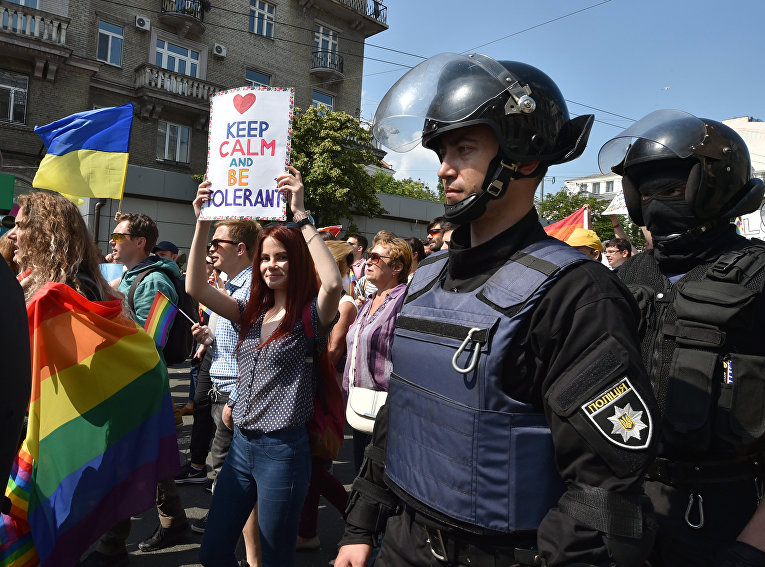 Полиция охраняет участников «марша равенства» в Киеве