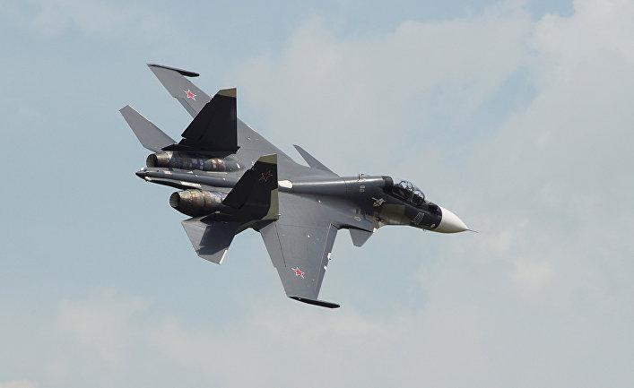 Самолет Су-30СМ