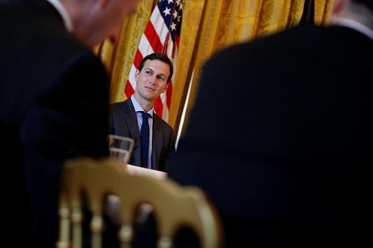 Старший советник Белого дома Джаред Кушнер в Белом доме в Вашингтоне