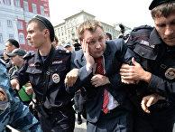 Задержание лидера российского ЛГБТ-движения Николая Алексеева