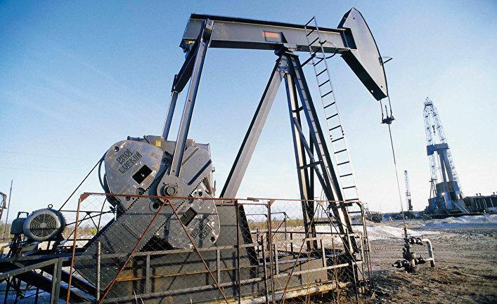 Сургутнефтегаз наряду сдобычей нефти ведет дополнительную разработку еепластов