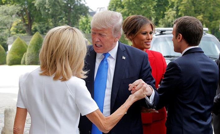 Эммануэль Макрон, Мелания Трамп, Бриджит Макрон и Дональд Трамп в Париже