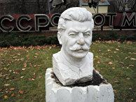 Памятник Иосифу Сталину