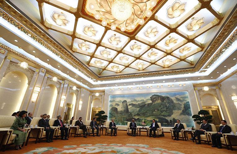 Председатель КНР Си Цзиньпин на церемонии открытия Азиатского банка инфраструктурных инвестиций
