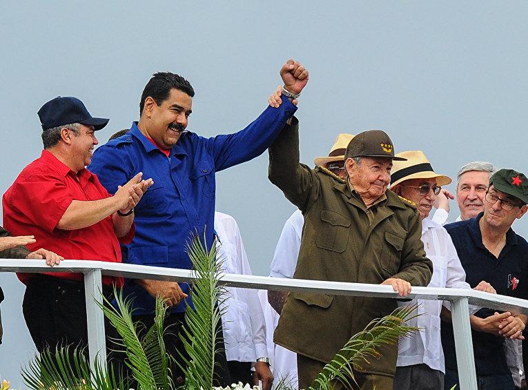Президент Кубы Рауль Кастро и президент Венесуэлы Николас Мадуро