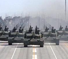 Китай демонстрирует военную мощь