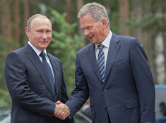 Президент РФ Владимир Путин и президент Финляндии Саули Ниинисте в Финляндии. 27 июля 2017