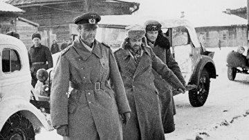 Немецкий генерал-фельдмаршал Фридрих Паулюс и члены его штаба
