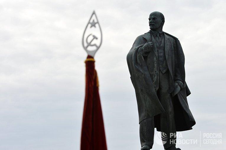 Мемориальный комплекс В.И. Ленина в Ульяновске