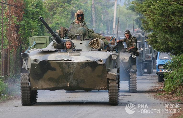 Россия выводит свои войска с территории Грузии