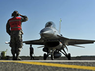 Американский истребитель F-16