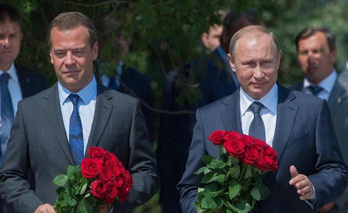Рабочая поездка президента РФ В.Путина и премьер-министра РФ Д.Медведева в Крым