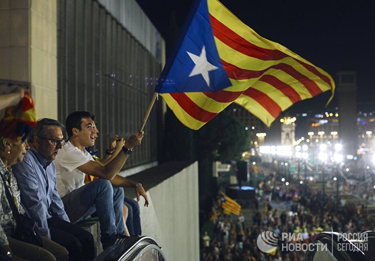 Акция в Барселоне, посвященная референдуму о независимости Каталонии