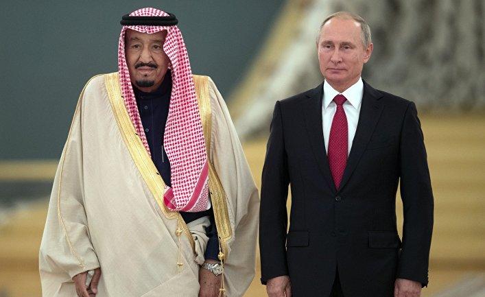 Президент РФ Владимир Путин и король Саудовской Аравии Сальман Бен Абдель Азиз Аль Сауд