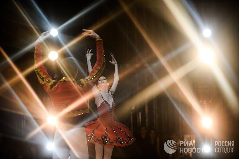 Гала-концерт звезд российского балета в Михайловском театре