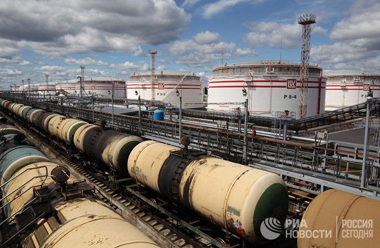Распределительно-перевалочный комплекс нефтепродуктов «ЛУКОЙЛ-II» на острове Высоцкий Ленинградской области