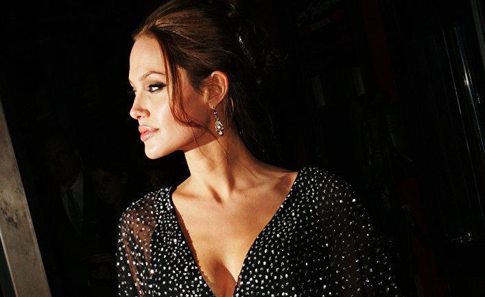 Актриса Анджелина Джоли, 2006