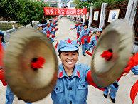 Праздник в честь открытия 19-го съезда компартии Китая