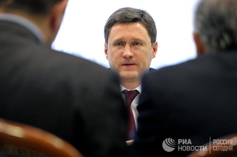 Министр энергетики РФ Александр Новак на заседании Российско-Иранской комиссии по торгово-экономическому сотрудничеству в Москве