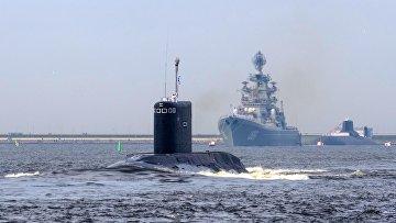 Генеральная репетиция военно-морского парада ко дню ВМФ в Кронштадте