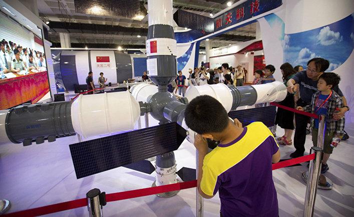 Модель космической станции «Тяньгун-1»