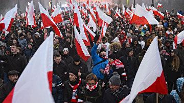 Марш в Варшаве по случаю Дня независимости