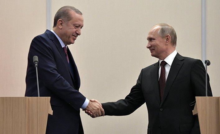 Президент Турции Реджеп Тайип Эрдоган и президент России Владимир Путин на пресс-конференции по итогам российско-турецких переговоров. 13 ноября 2017