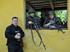 Министр внутрених дел Украины Арсен Аваков из американскими военными закачаешься сезон учений Fearless Guardian