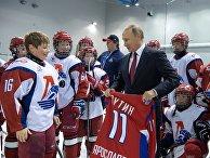 Владимир Путин в Государственном училище олимпийского резерва в Ярославле