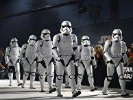 На премьере фильма «Звездные Войны: Последние джедаи» в Лос-Анжелесе