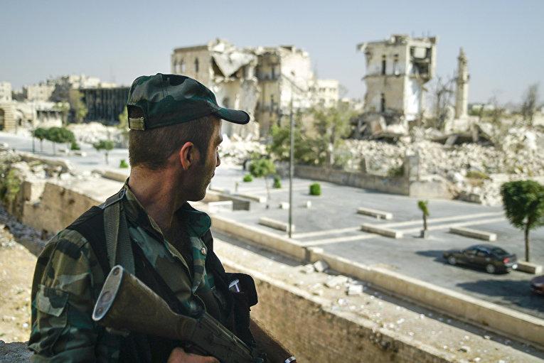 Сирийский солдат в Алеппо, Сирия