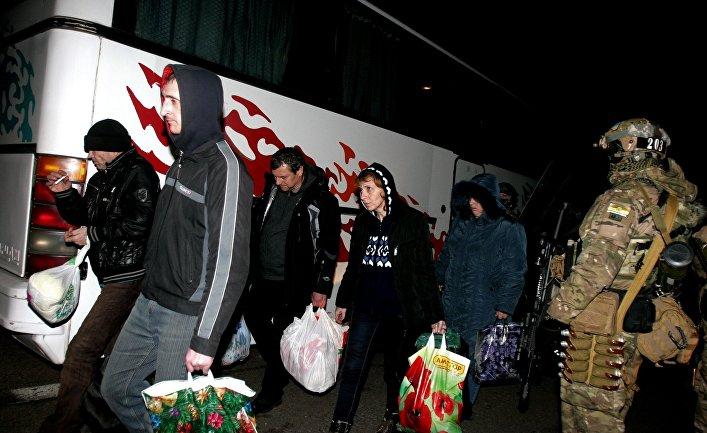 Военнопленные, вернувшиеся в Донецкую Народную Республику в результате обмена пленными между ополченцами ДНР и украинскими силовиками