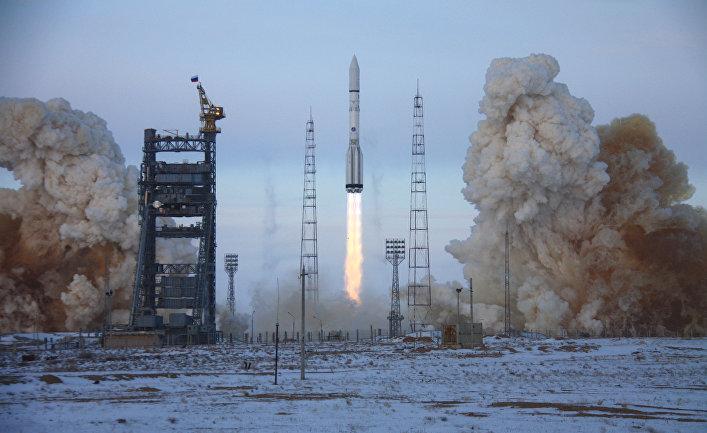 "Ракета-носитель ""Протон-М"" стартовала с космодрома ""Байконур"""