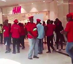 Магазин одежды разгомили за расизм