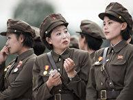 Военнослужащие на церемонии открытия Музея Победы в Отечественной освободительной войне (Корейской войне) в Пхеньяне