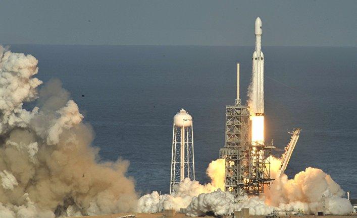 Видео запуска ракеты Илона Маска взорвало YouTube