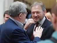 Григорий Явлинский и Борис Титов после регистрации в ЦИК