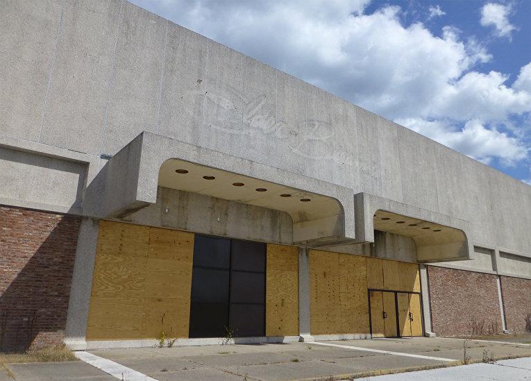 Заброшенный «Вудвилль молл» в штате Огайо