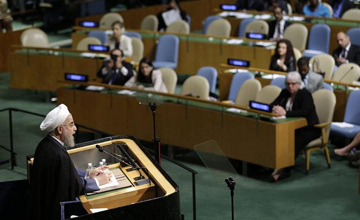 Президент Ирана Хасан Рухани вытсупает на 70-й сессии Генеральной ассамблеи ООН